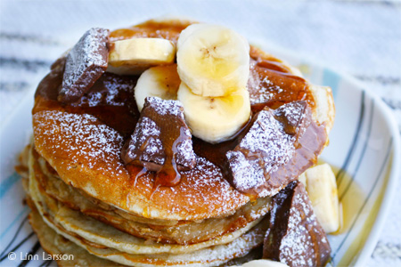American Banana Pancakes